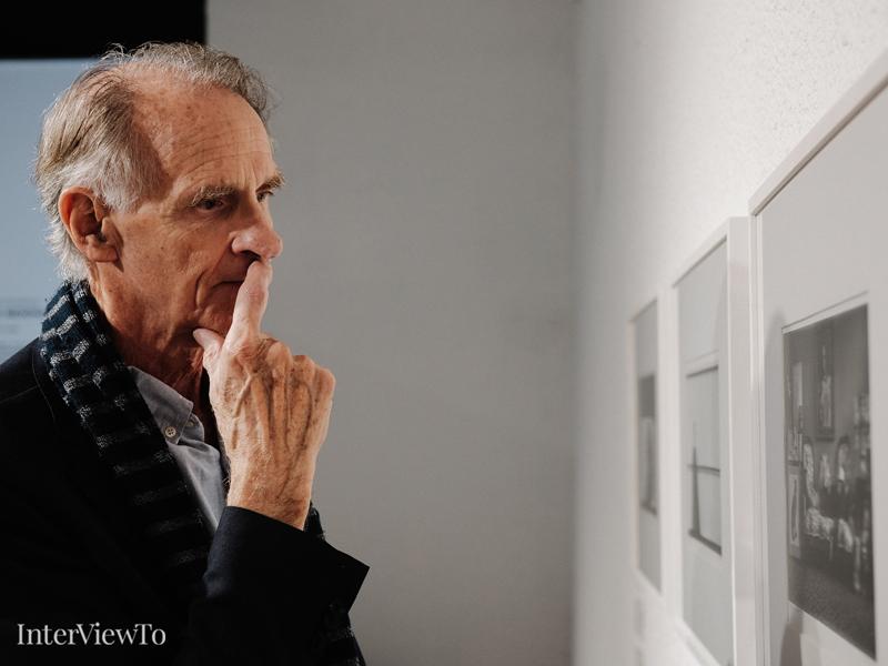 Уилям Юинг за Арнолд Нюман, портретите и селфи културата